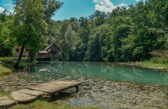 Izvir reke Krupe v Semiču (Foto: semic.si / Boris Krstinić)