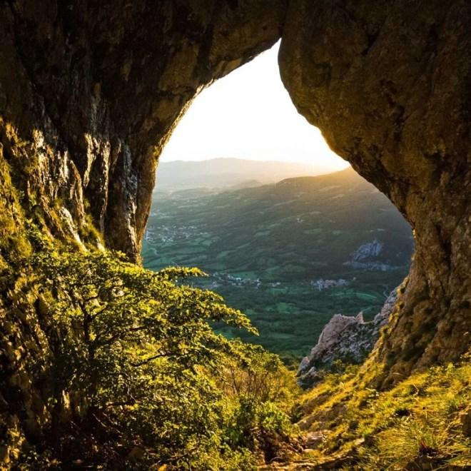 Otliško okno (Foto: vipavskadolina.si / Marijan Močivnik)
