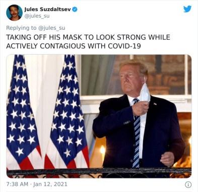 Ko je odstranil masko, da bi bil videti močan, medtem pa je bil še vedno aktivno okužen s Covid-19