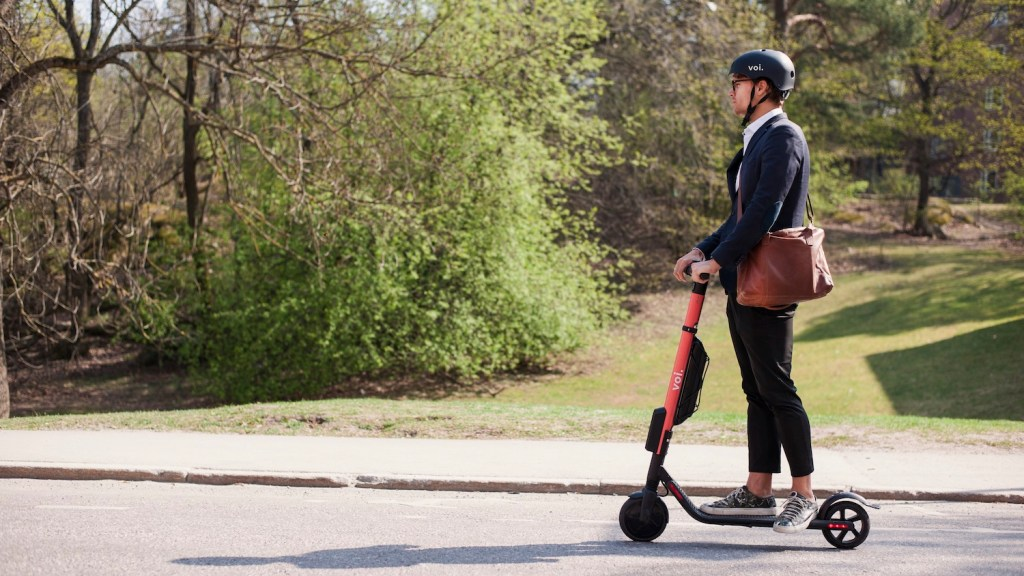 voi-e-lo-sharing-di-monopattini-che-premia-chi-parcheggia-bene