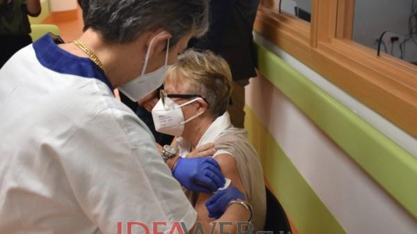 al-via-la-campagna-di-sensibilizzazione-per-gli-over-60-che-non-hanno-ancora-prenotato-il-vaccino