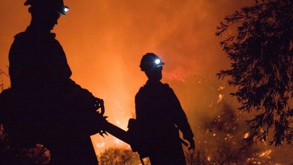 in-fiamme-un-capannone-agricolo-a-bricco-de-faule:-ampio-intervento-dei-vigili-del-fuoco