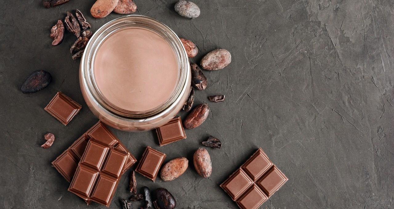 non-ci-crederai,-ma-neanche-il-cioccolato-al-latte-fa-ingrassare.-a-patto-di-mangiarlo-entro-quest'ora