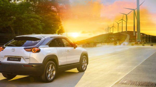 """mazda-tra-elettrico,-e-fuel-e-biocarburanti:-""""la-mobilita-del-futuro-e-multi-solution"""""""