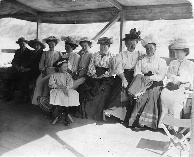 City of Edmonton Steamer Ride, 1915. Description: Walter, Annie; Sache, Mary. Image courtesy of City of Edmonton Archives EA-10-1838.