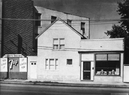 Lovatt's Grocery, c. 1950. Photo courtesy of City of Edmonton Archives EA-10-2294.