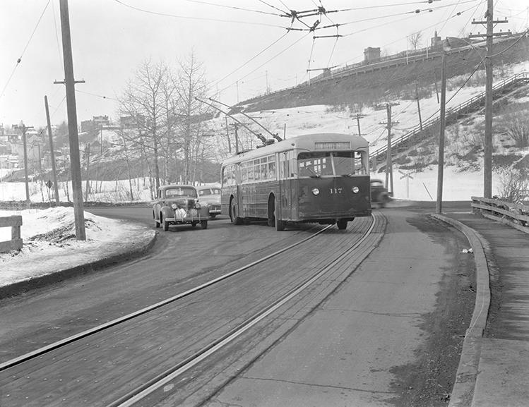 Pullman-Standard Bus 117 on McDougall Hill, circa 1945. Photo courtesy of City of Edmonton Archives.