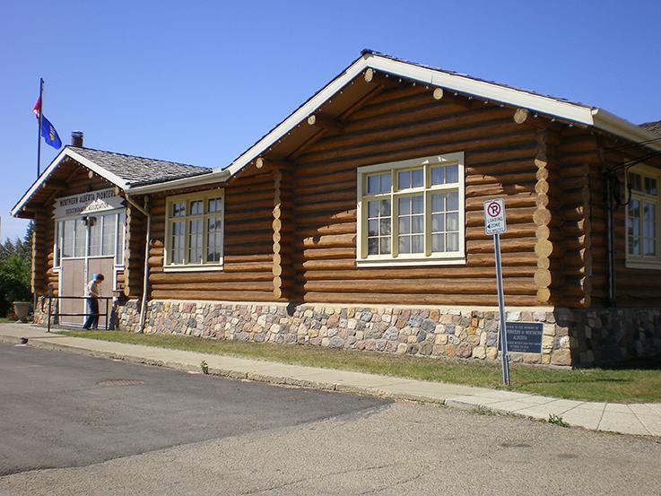 Northern Alberta Pioneers & Descendants Association Cabin, circa 2006. Image courtesy of the City of Edmonton Archives EA-792-337.