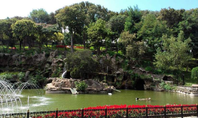 Emirgan Park, Pond