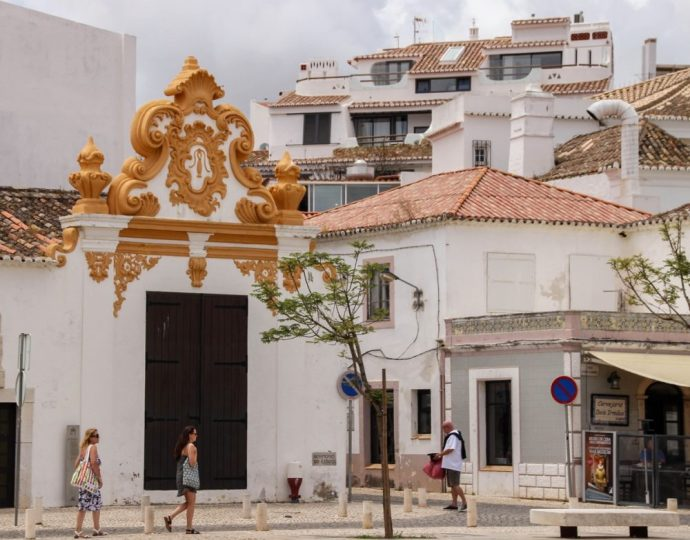 Streets of Lagos, Portugal | 6 Best Places to Visit in Lagos, Portugal