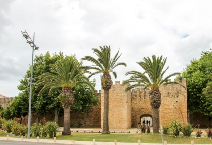 Castle of Lagos | 6 Best Places to Visit in Lagos, Portugal