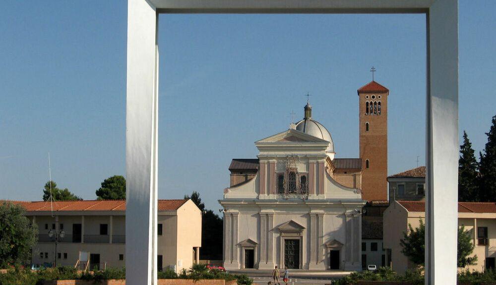 una-messa-celebrata-dall'arcivescovo-per-le-vittime-della-tragedia-di-casalbordino
