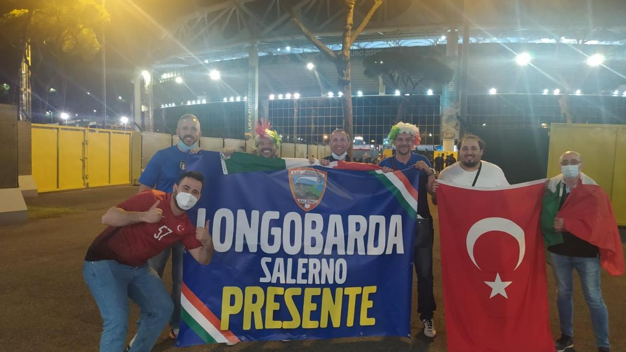 carovana-da-salerno-fino-allo-stadio-olimpico-per-l'italia