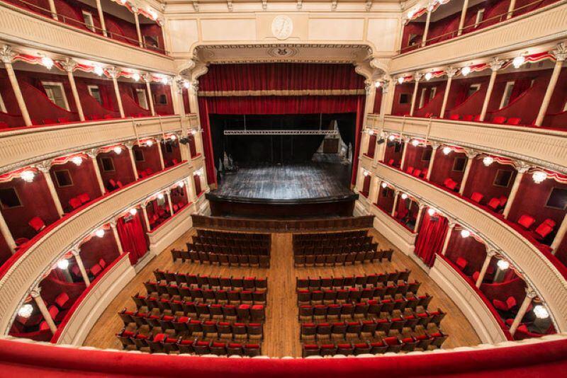la-grande-musica-torna-al-teatro-caniglia-con-la-69esima-stagione-della-camerata-musicale-sulmonese