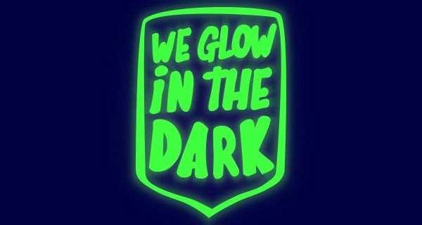 Flexfolie gloeit op in het donker flexfoil heat transfer smooth glow in the dark SG 3950