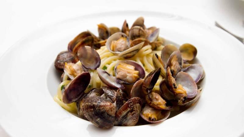 spaghetti-alle-vongole:-10-alternative-per-variare-la-solita-ricetta