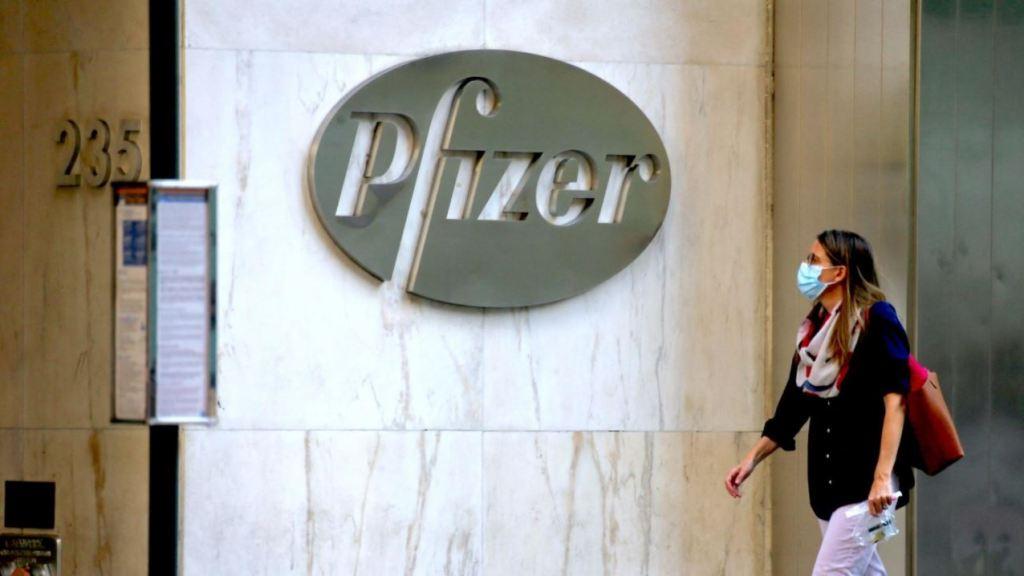 """pfizer,-svelato-contratto:-""""dosi-a-prezzi-alti,-no-responsabilita-su-danni"""""""