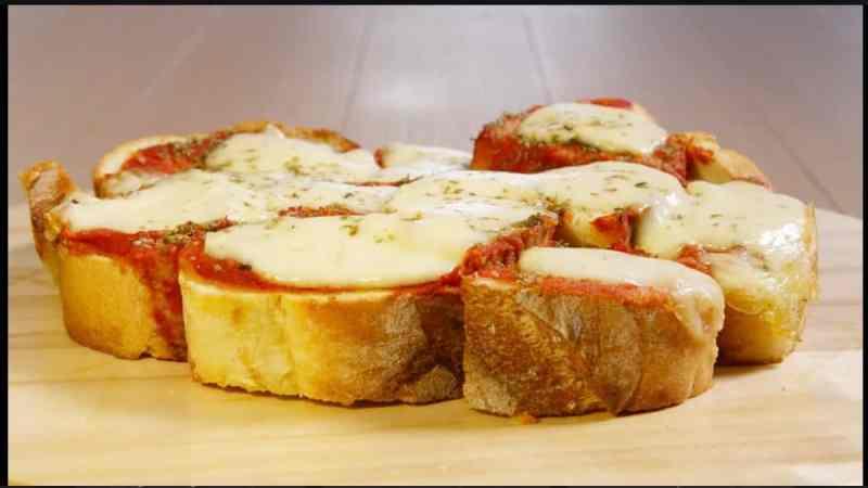 pizza-di-pane,-la-ricetta-di-giusina-in-cucina