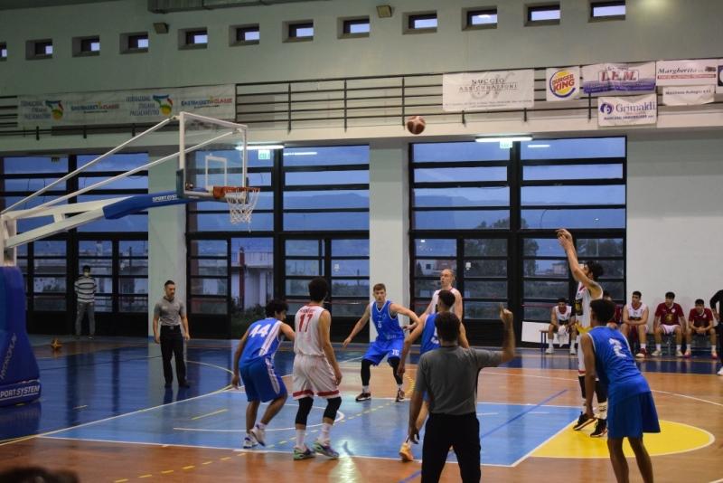 basket,-serie-c-silver:-una-gold-&-gold-messina-decimata-cede-al-supplementare-contro-l'orlandina-lab