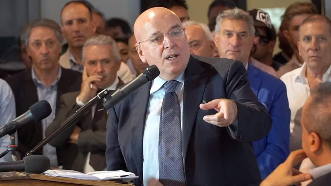 """elezioni-regionali-calabria,-oliverio:-""""il-pd-e-senza-bussola.-la-candidatura-di-ventura?-nulla-da-dire-sulla-persona,-ma-tanto-da-dire-sul-metodo"""""""