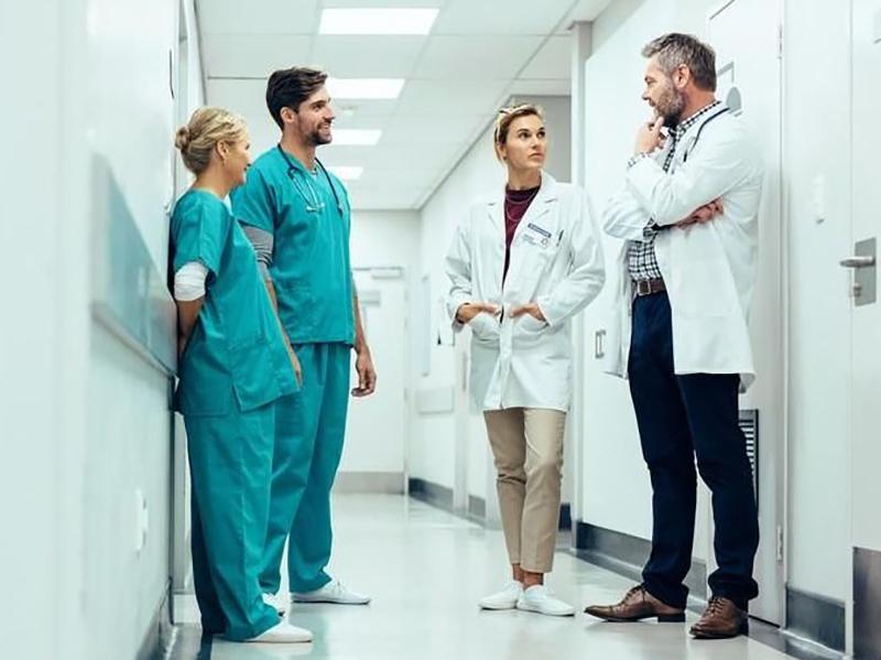 medici,-infermieri,-ostetriche-e-altri-professionisti-sanitari-non-vaccinati?-scattano-le-sospensioni-dal-lavoro.