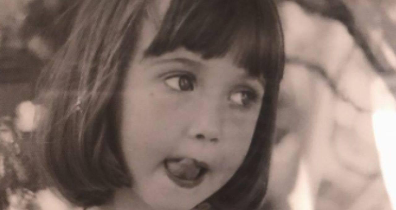 occhi-grandi-e-sguardo-vispo:-l'avete-riconosciuta?-e-l'amatissima-attrice-da-piccina