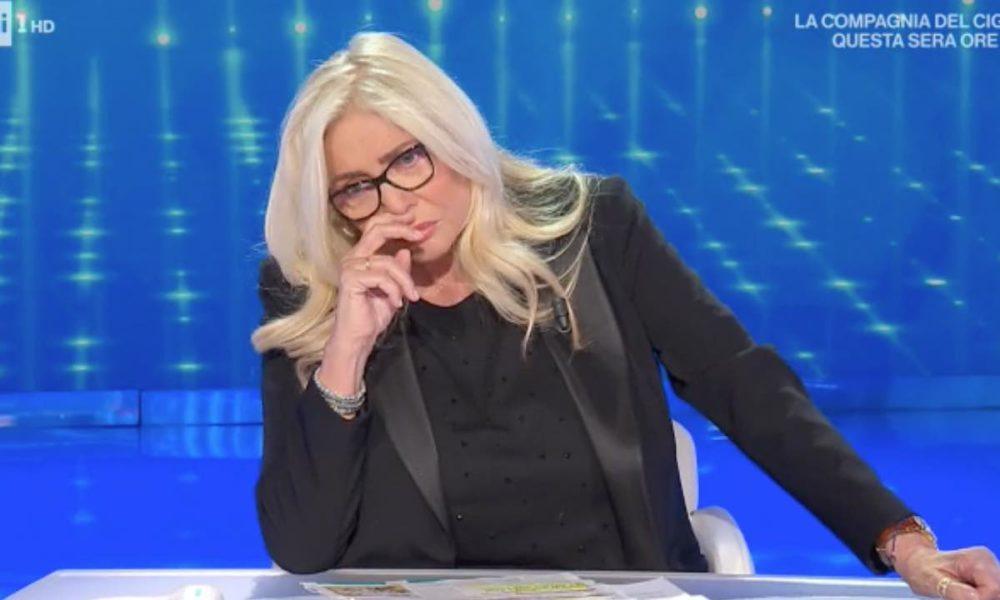 """mara-venier-si-racconta:-""""mi-insulta-chi-e-in-menopausa,-vi-spiego-perche"""""""
