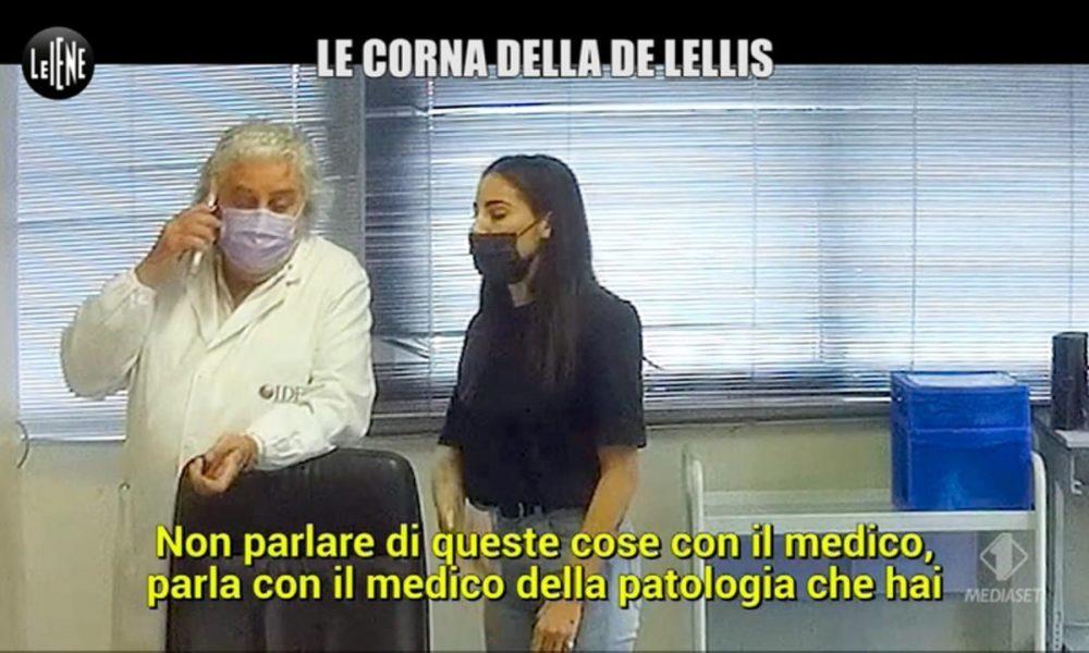 """iene,-brutto-scherzo-a-giulia-de-lellis:-""""carlo-ha-la-sifilide"""".-insulti-e-schiaffi"""