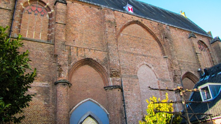 Grote Kerk Johannes de Doperkerk koor Wijk bij Duurstede kerkestraatje