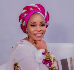 Gospel Singer, Tope Alabi Reacts To Criticism Over Her 'Worldly Dance Moves'