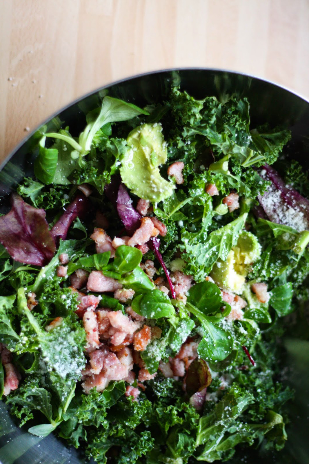 Baby kale & bacon salad