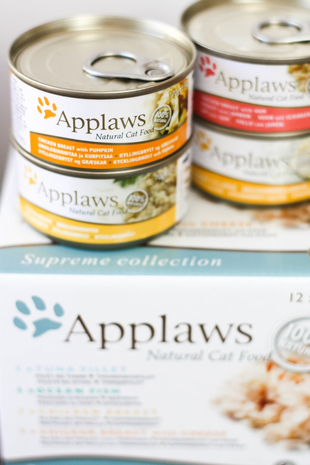 Feline Foodology: Complete wet food by Applaws
