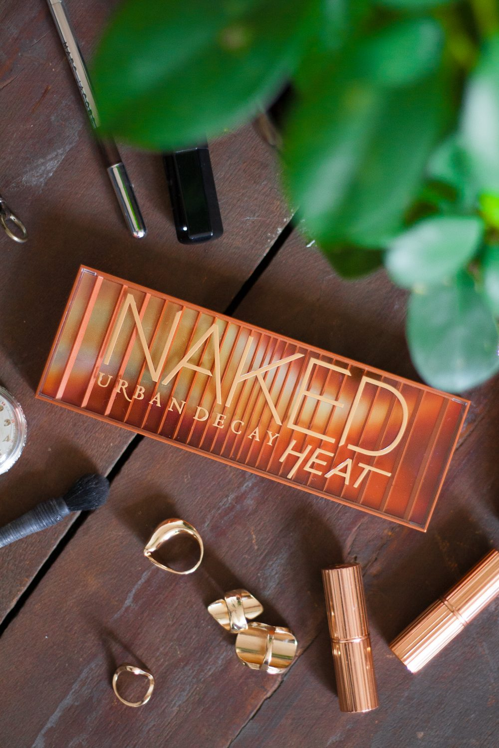 Urban Decay Naked Heat Palette - a review & 20 different looks