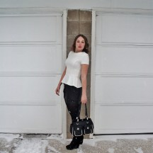 Classic black and white spring outfit