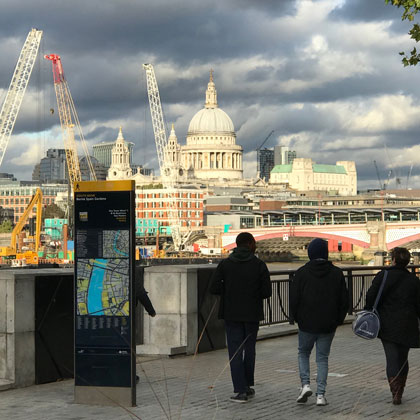 Legible London city wayfinding