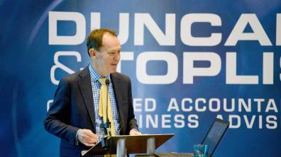 Simon Walker, Director General of the IoD speaks at the Directors' Briefing 2016. Photo: Stuart Wilde Photography