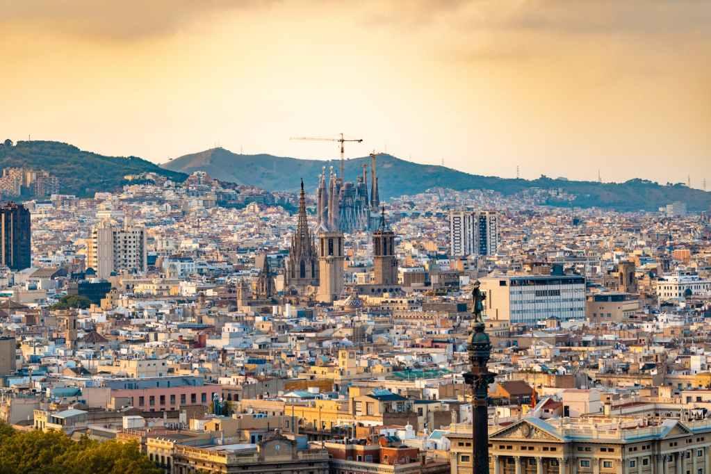 Foto panorámica de la ciudad de Barcelona