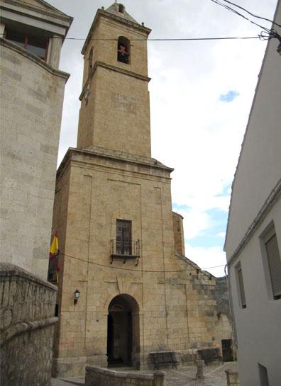 Iglesia de San Andres Apostol en Alcala del Jucar