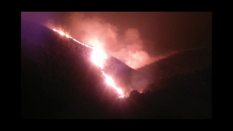 Incendio forestal en San luis