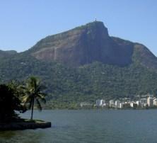 Lagoa Rodrigo de Freitas y el Corcovado con el Cristo Redentor. 2014