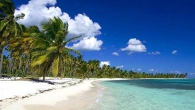 Playa de Bayahibe. En este entorno está el hotel al que irán los regidores de SDE