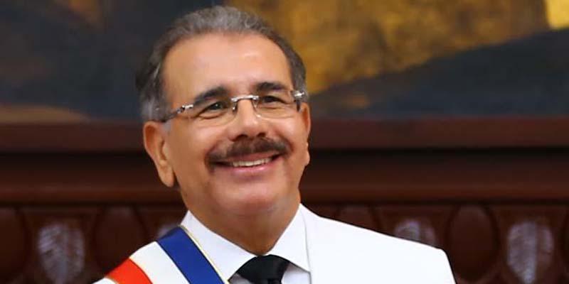 """""""Sin temor al juicio histórico, Danilo Medina puede optar por el período presidencial 2020-2024"""""""