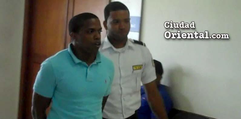 Imponen 20 años raso PN mató joven en Villa Duarte