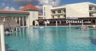 Vista parcial de una de las piscinas del hotel Paradisus Palma Real, en Bávaro