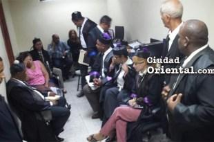 En estas condiciones de precariedad realizaron su trabajo los jueces del tribunal