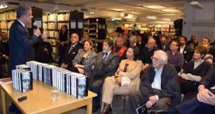 Leonel Fernández dicta conferencia en Suecia