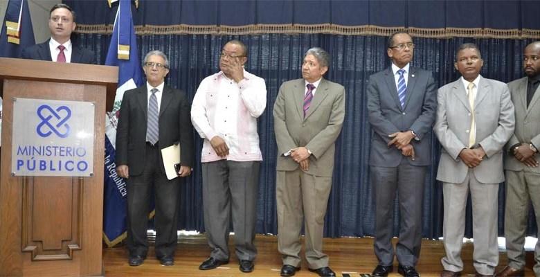 Procurador General de la República habla en rueda de prensa