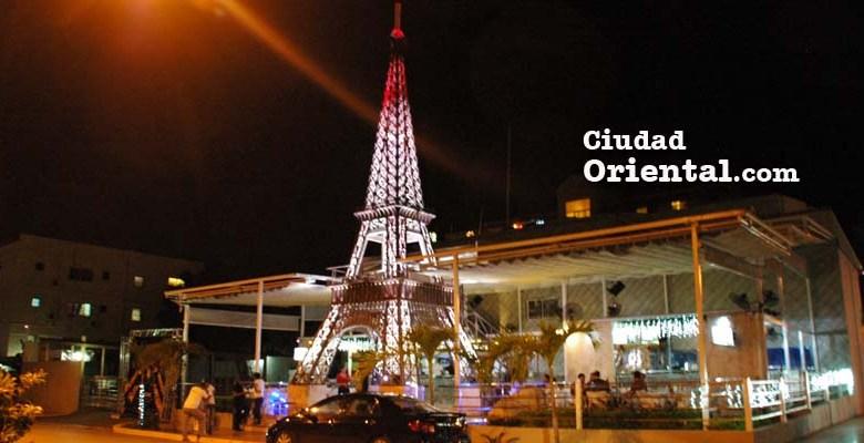 Torre Eiffel del Ensanche Ozama