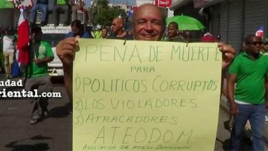 Photo of Ateos exigen pena de muerte para funcionarios corruptos