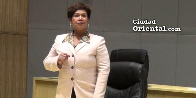 Bernarda Aracena se despide del Concejo de Regidores